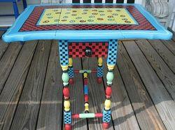 Heronkate art table