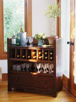 Dresser bar