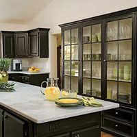 Black_cabinets
